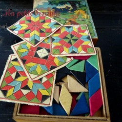 Boîte ancienne de tangram