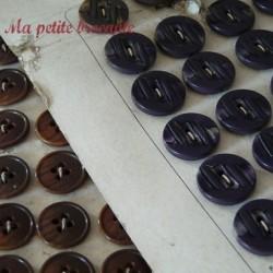 Lot de quatre plaques de boutons anciens mode Paris