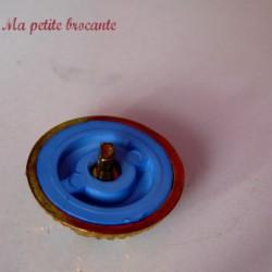 Bouton ancien en plastique vintage bleu